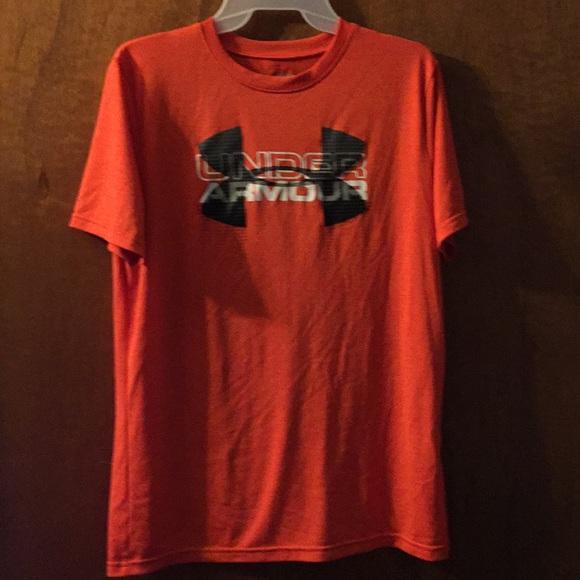 76589ca4 Boys under armour loose fit heat gear shirt
